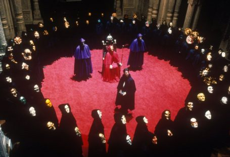 eyes wide shut comunidad